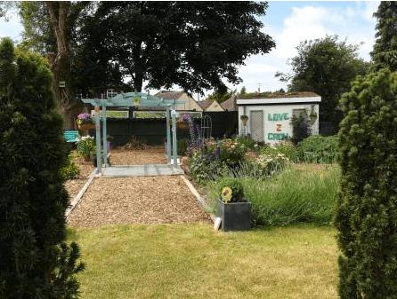 Inspero Community Garden 2 Comp