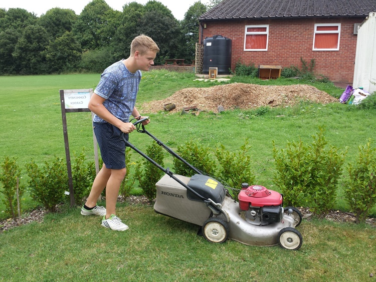 Aidy Lawnmowing